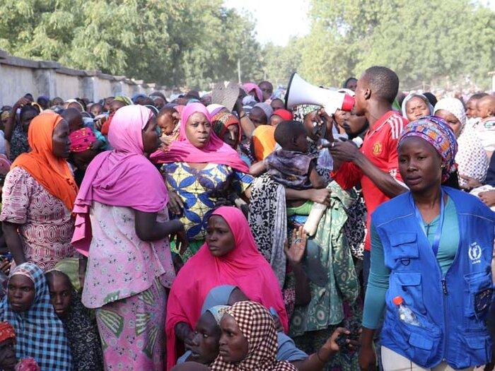 mennesker ved en WFP utlevering