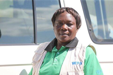 Kvinnelig sjåfør for å utrydde sult